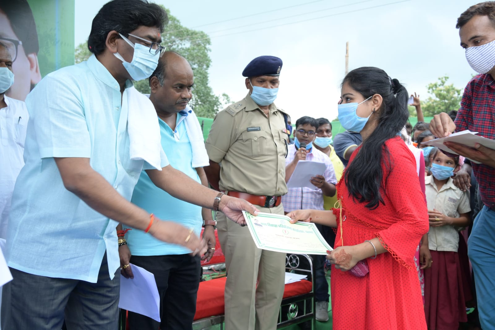 Various Schemes Certificates Distributed to 65 beneficiaries(Sahibganj)
